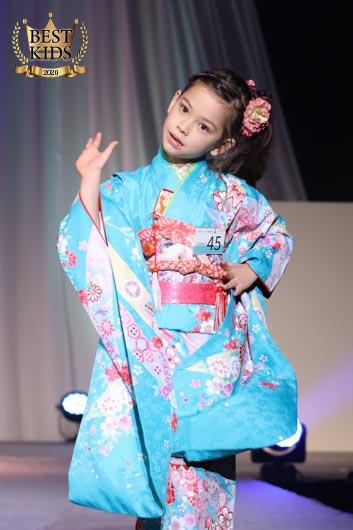 エミリちゃん(6歳)